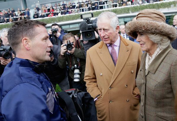 Camilla Parker Bowles Photos - Michael Owen talks to Prince Charles, Prince of Wales and Camilla, Duchess of Cornwall during the PCF Racing Weekend and Shopping Fair at Ascot Racecourse on November 24, 2017 in Ascot, England. - PCF Racing Weekend and Shopping Fair at Ascot Racecourse