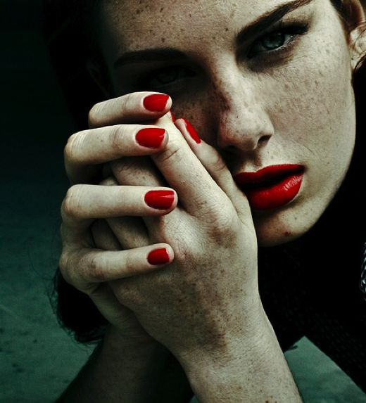 Flaming RedRed Things, Rednails, Makeup, Beautiful, Red Lips, Red Nails, Nails Polish, Freckles, Snow White