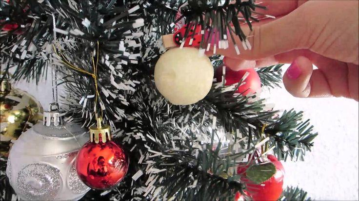 Palline frizzanti da bagno da appendere all'albero di Natale. Spignatto creativo adatto ai regali di Natale. Ricette cosmetici fai da te - DIY cosmetics