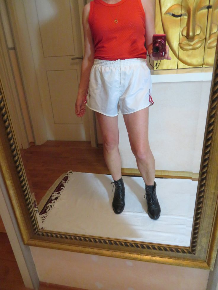 1970s vintage adidas shiny track pants boxer hotpants weiss rot