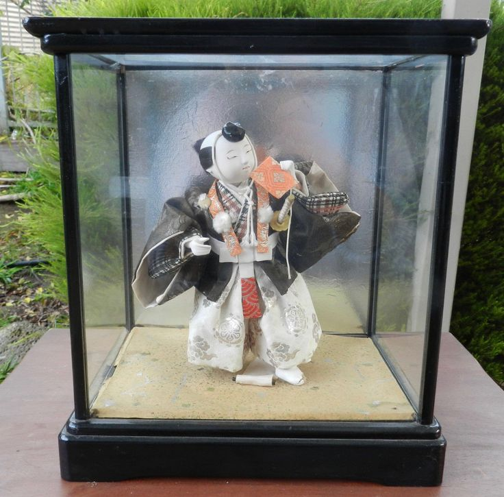Vintage Figure of Japanese Samurai in Glass Case