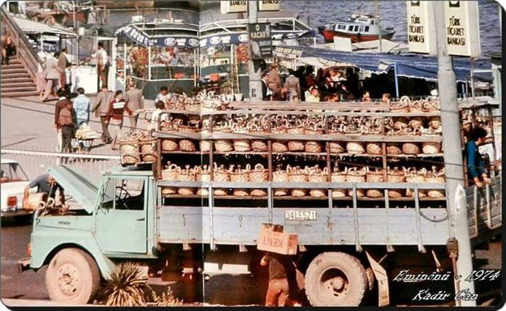 Eminonu/ sucu kamyonu, 1974