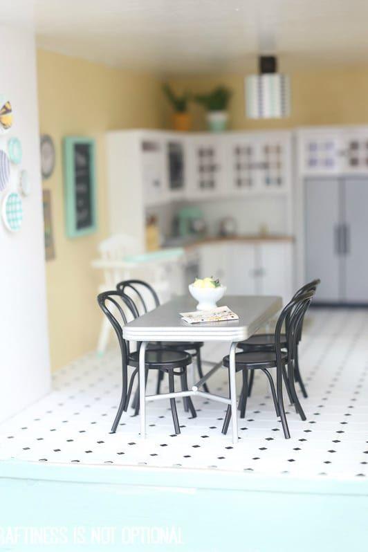 715 best Muebles miniaturas en ganchillo images on Pinterest ...