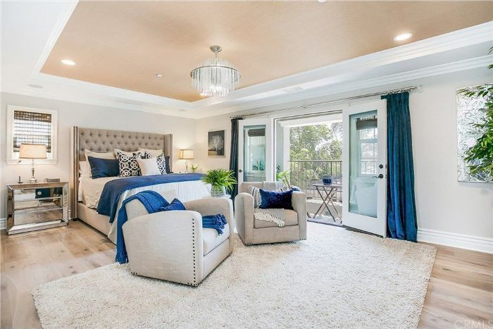 Tamra Judge S 2m Socal Home Looks Like A Resort We D Like To Stay In Luxurious Bedrooms Modern Luxury Bedroom Luxury Bedroom Design