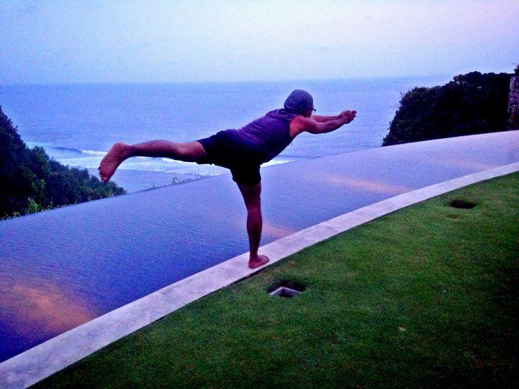 Strech, Finn's Beach Club - Bali