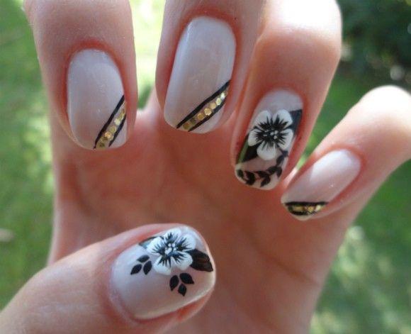 Unhas Decoradas Flores Brancas