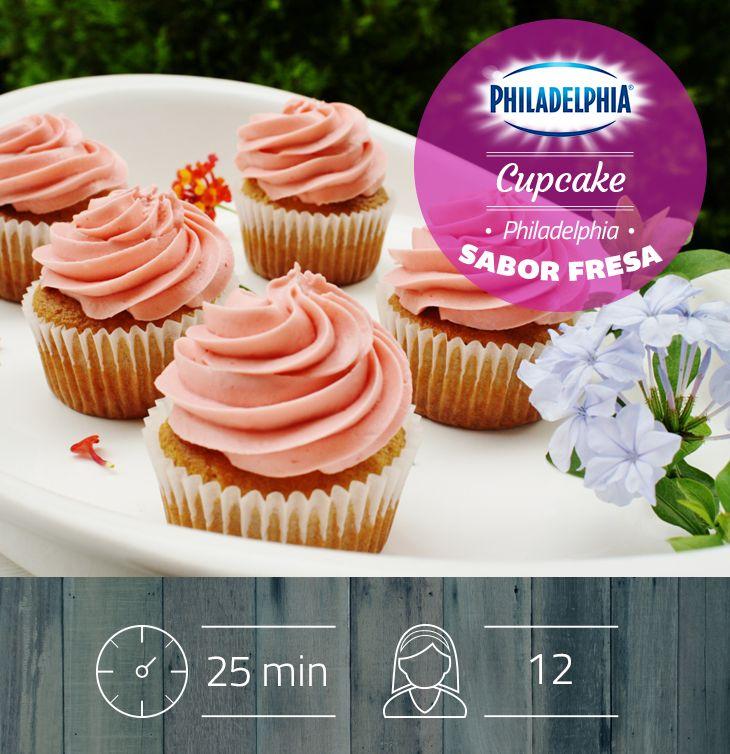 Atrévete a descubrir el delicioso sabor de estos Cupcakes Philadelphia sabor a fresa.
