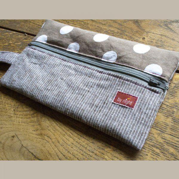 Plus de 1000 id es propos de couture sac pochette for Trousse de couture en cuir