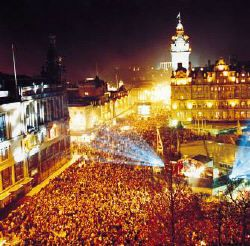Everyone should go to Edinburgh's Hogmanay, best New Year's ever!