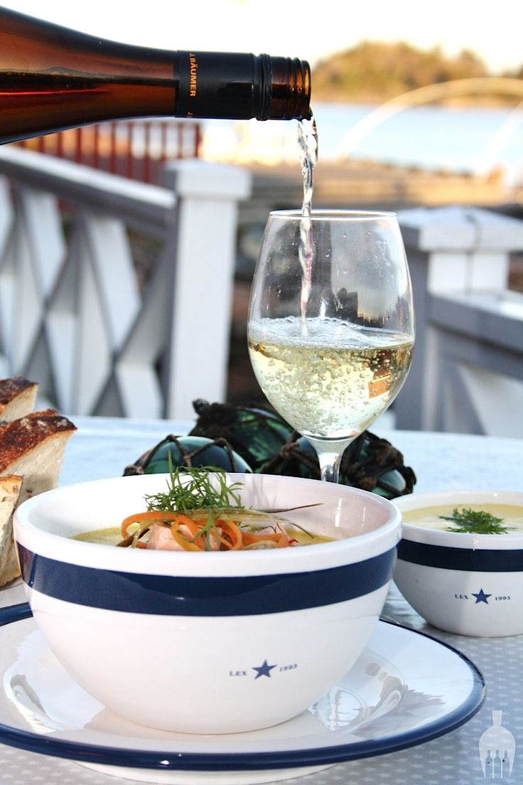 Salmon and white wine #Lexington From our good friend at http://spisdrikklev.blogspot.no