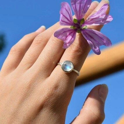 Moonstone ring.... ❤❤❤