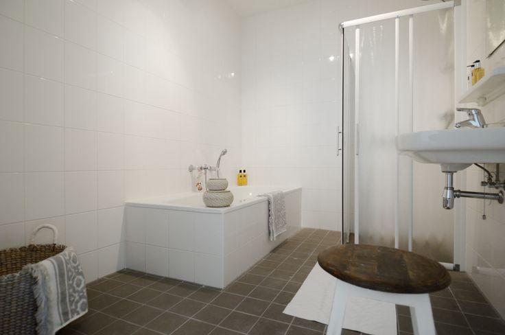25 beste idee n over stadsappartementen op pinterest droomappartement vloeroppervlak en - Hoe dicht een open keuken ...