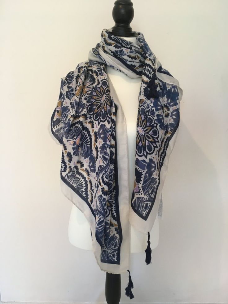 Classic Summer Scarves with a Twist at Threadapy.com