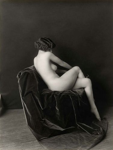 The 20's and it's Ziegfeld girls captured forever.