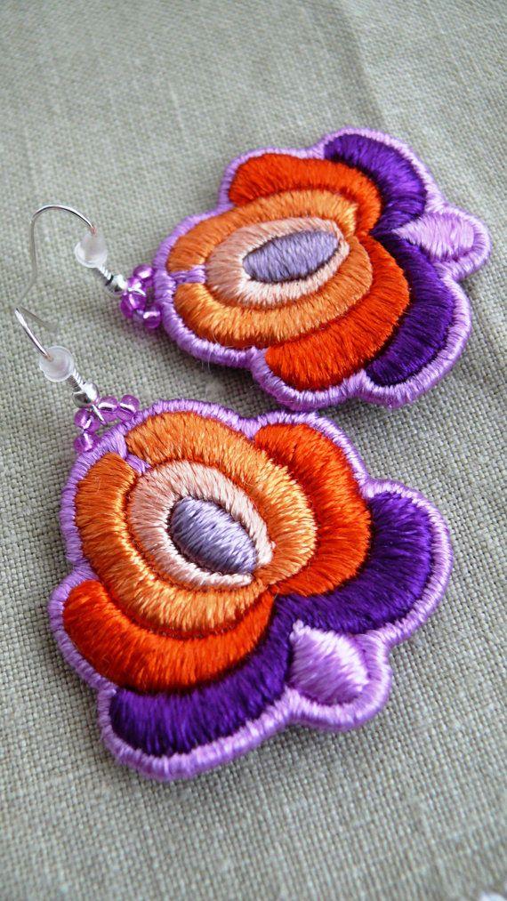 "A bit of Hungary - Hand Embroidered Hungarian ""Matyó"" Folk Rose Earrings orange-purple"