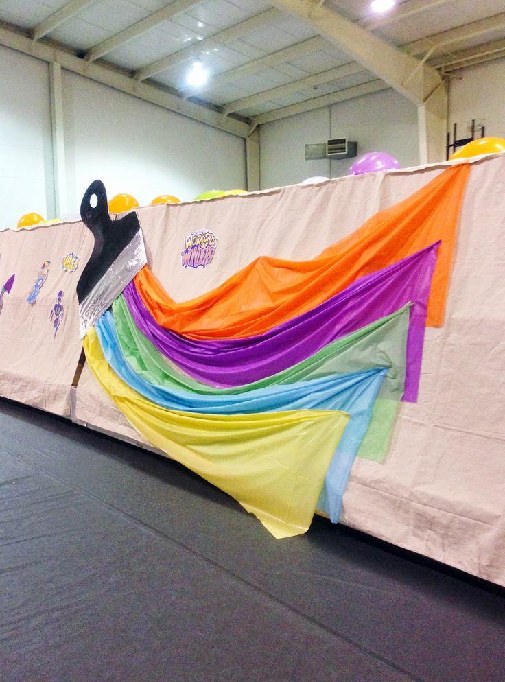 Dancing Commas :: Workshop of Wonders VBS :: Foamboard & plastic tablecloth paintbrush