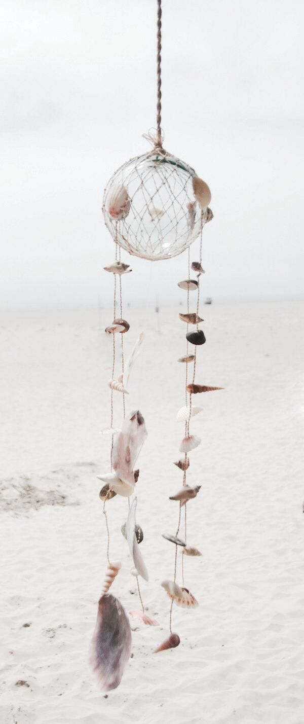 OCEAN BAY TIDINGS ✧I would LOVE this but as a dreamcatcher with feathers!!!!