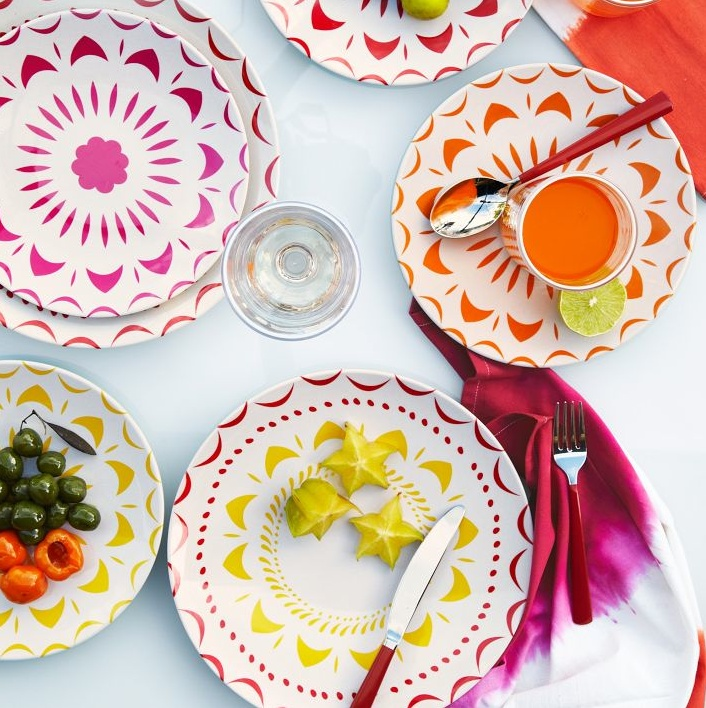 Bright Shapes Melamine Plates  sc 1 st  Pinterest & 161 best Pretty Dining Plates images on Pinterest | Dishes Paisley ...
