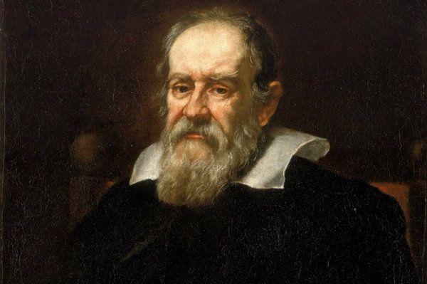 Galileu Galilei (1564-1642) físico, matemático, astrônomo e filósofo fundamental na revolução científica | Realizou primeiros estudos sistemáticos do movimento uniformemente acelerado e do movimento do pêndulo. Descobriu a lei dos corpos e enunciou o princípio da inércia e o conceito de referencial inercial. Melhorou o telescópio refrator, com ele descobriu as manchas solares, as montanhas da Lua, as fases de Vénus, quatro dos satélites de Júpiter, os anéis de Saturno, as estrelas da Via…