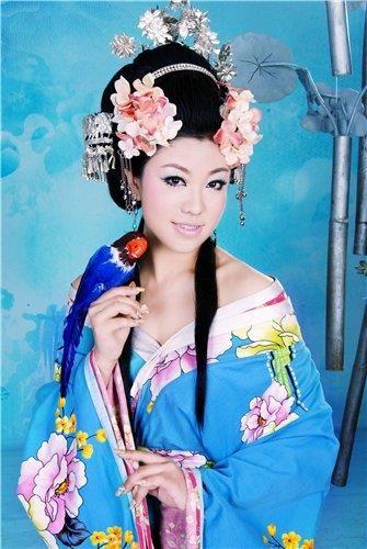 Фотографии национальных китайских костюмов