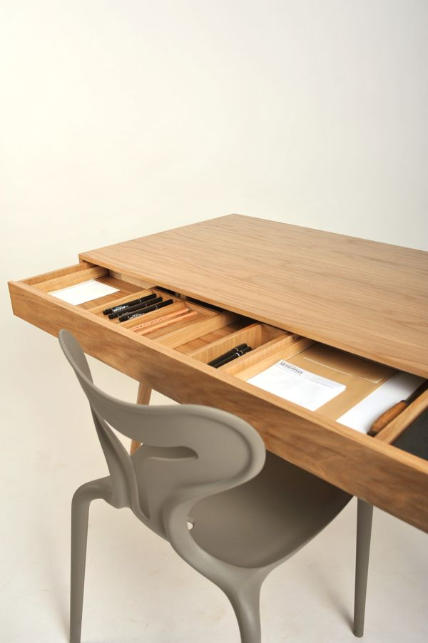 woden desk by roman shpelyk, via Behance - scrivania in legno con scomparto nascosco design by behance