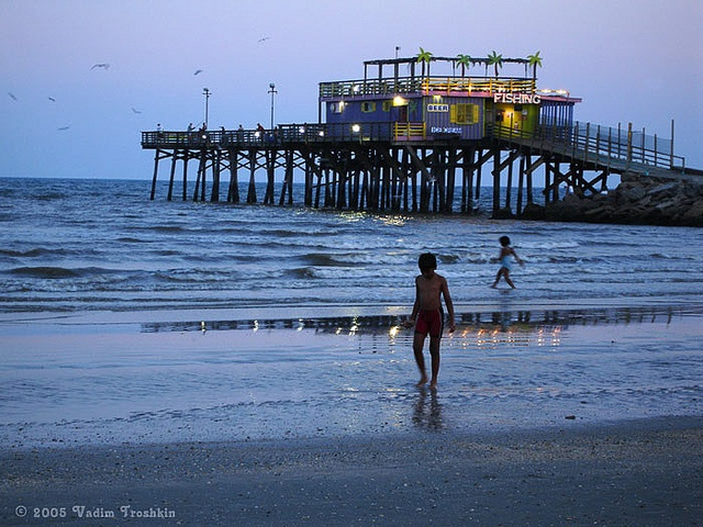 40 best fishing piers in the beautiful state of texas for Fishing spots in galveston