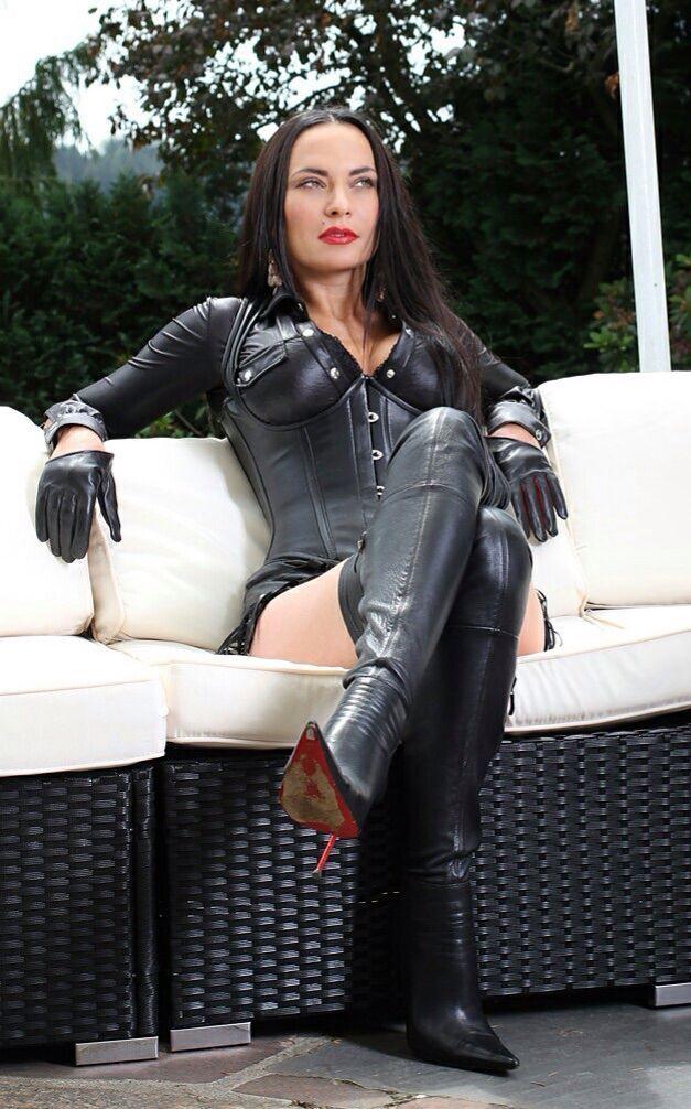 lebnani girl sexy photos