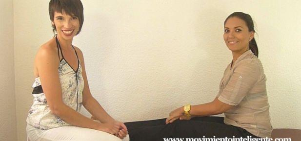 Cómo sentarte con la espalda derecha   Lea Kaufman / Feldenkrais y Huesos para la Vida