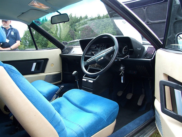 Lancia Gamma Coupe interior by leeproudfoot, via Flickr