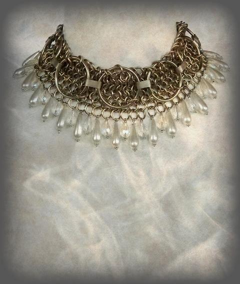 Medieval Jewelry |