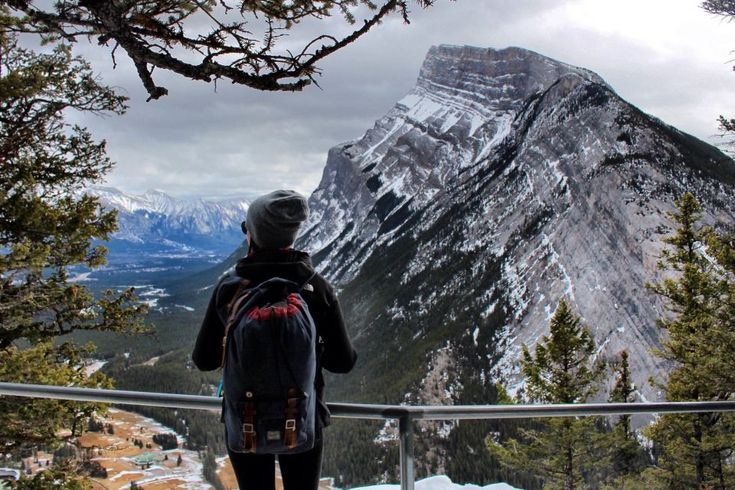 Tunnel Mountain Distance:4.8 km return Elevation Gain:260 m Time Required: 1 - 2 hours Difficulty:Moderate Trailhead: Located on St. Julien Road near The Banff Centre.