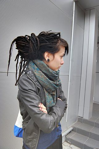 Love the dreads.