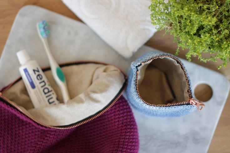 Hæklet toilettaske  Crochet cosmetic purse  www.cicitive.dk