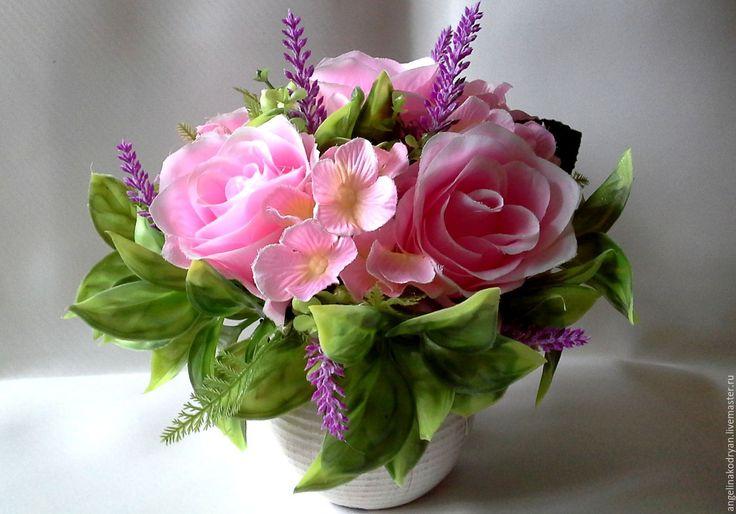 """Купить Интерьерная композиция """"Шебби розы с гортензией,лавандой и ягодами"""" - розовый, купить композицию"""