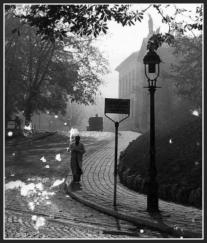1937. Városmajor utcai feljáró a János kórházhoz.