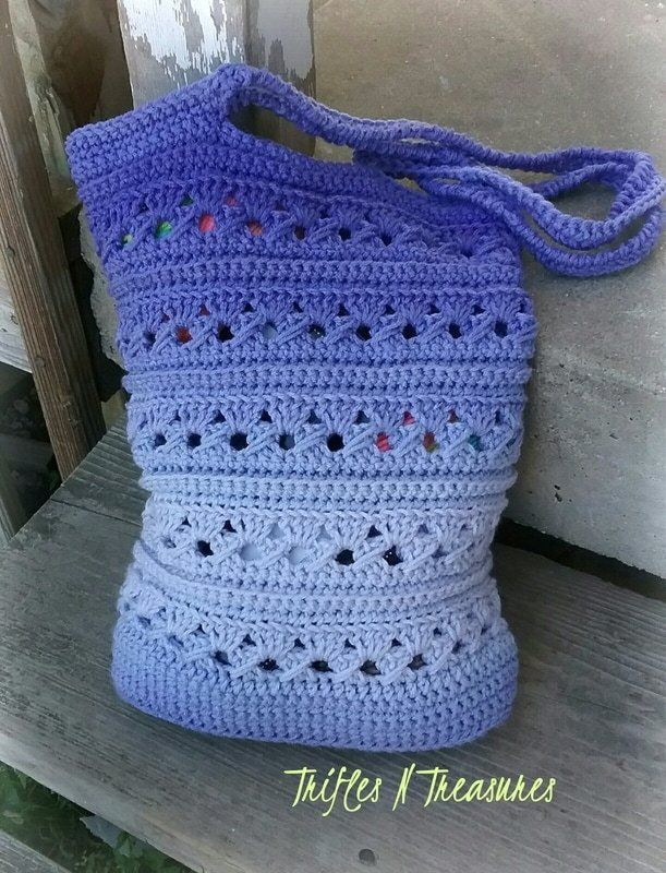Ocean Serenity~FREE Bag Crochet Pattern - http://www.triflesntreasures.com/my-attempt-at-blogging/ocean-serenityfree-bag-crochet-pattern#.WS2MYmjyuUk