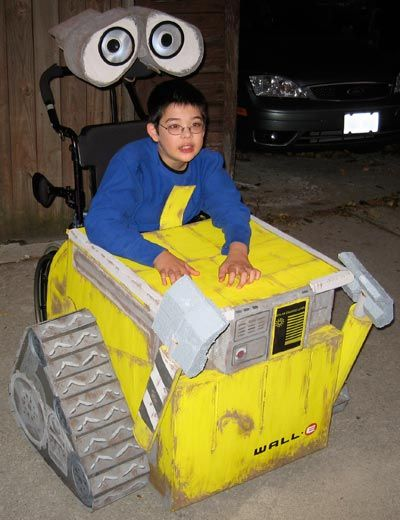 Wall-E wheelchair costume (details)