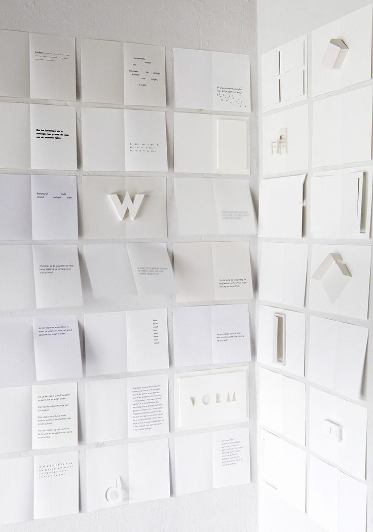 Dyslexia, door Anne Ligtenberg. Graduation Show 2014. Mooi in beeld gebracht wat dyslexie is. Heeft vooral (ook)  indruk gemaakt door de extreem rustige vormgeving. Wit met zwarte tekst.