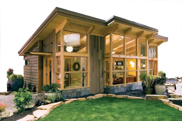Like the layout, high ceilings, all the light...looks so spacious, despite being a tiny house!