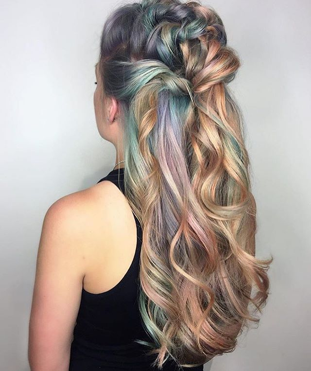 Gorgeous pastel colors  #regram @shelleygregoryhair #americansalon