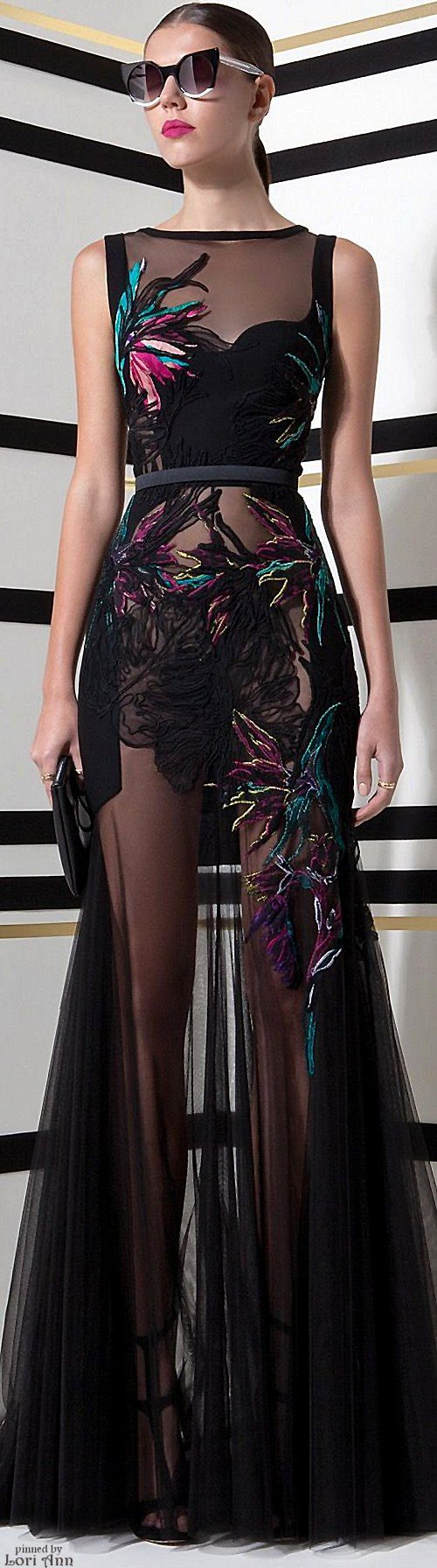 Basil Soda Spring 2016 RTW  OMG... Where can I wear this to? PTA meetings? Carpool? This is gorgeous!!