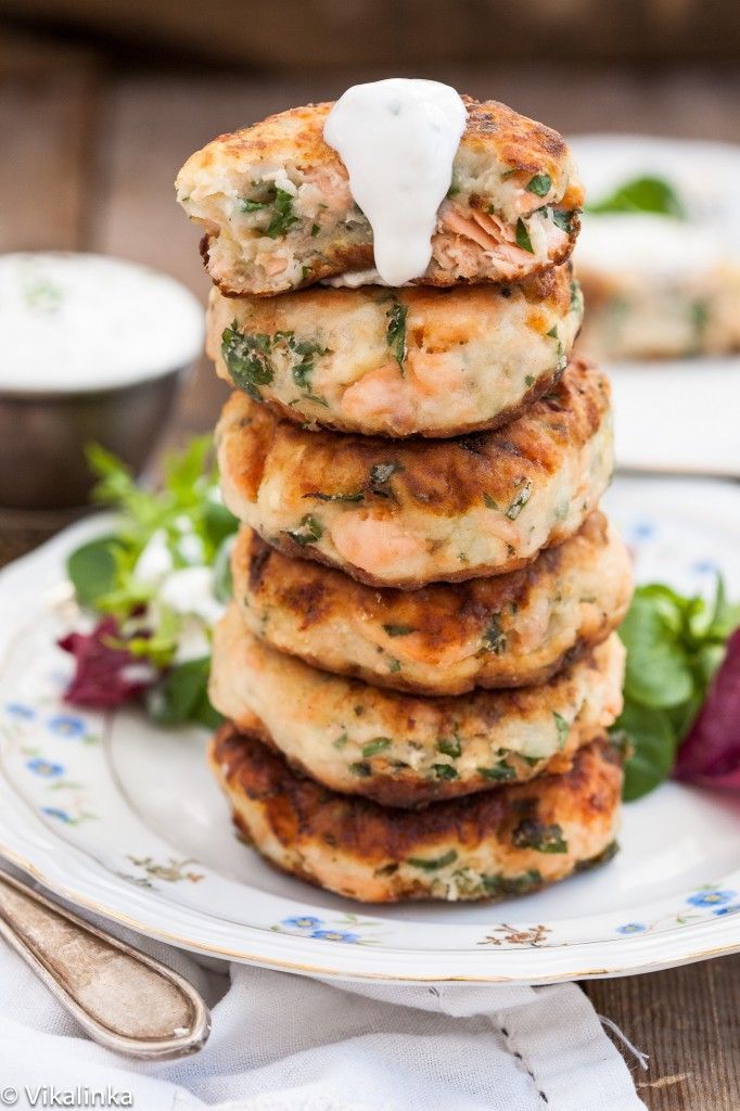 Salmon Cakes with Chive and Garlic Greek Yogurt Sauce.