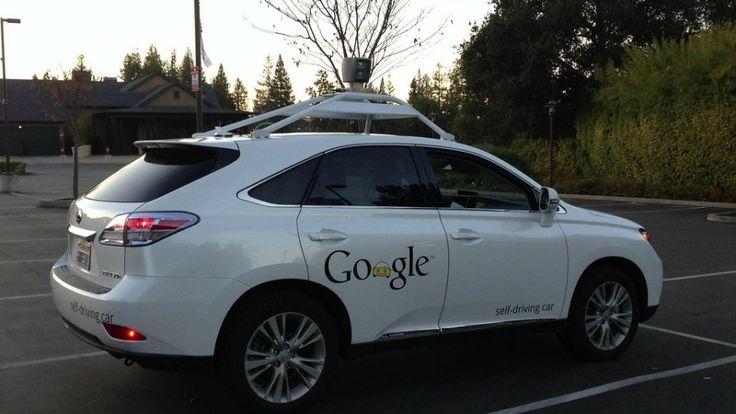 Google ahora prueba su auto que se maneja solo en entornos urbanos - FayerWayer