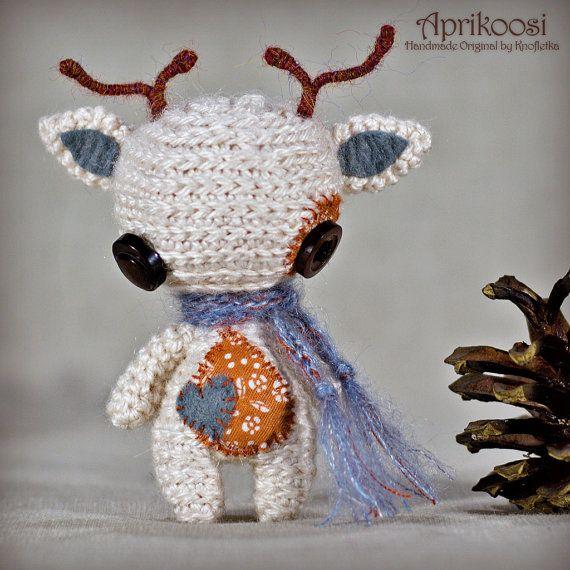 Aprikoosi - Original Handmade Reindeer/Collectable/Gift/Charm
