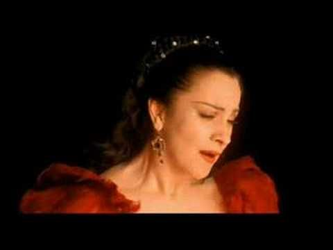 "The Romanian soprano Angela Gheorghiu sings the  aria ""Vissi d'arte"" in Puccini's opera 'Tosca'. Conducted by Antonio Pappano."