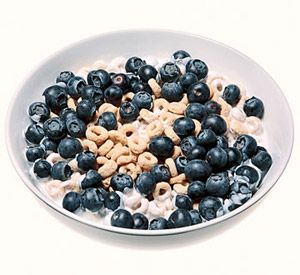 Skipping breakfast can put you at greater risk of being overweight. Start your day with these healthy, low-calorie breakfast options from our You Can Do It! diet plans.