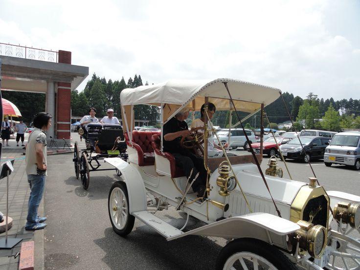 日本自動車博物館、GWイベントにて。 クラシックカー試乗体験!