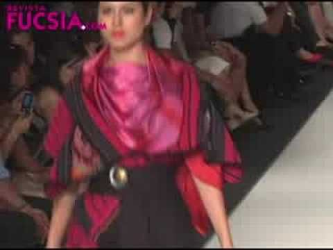 Adriana Santacruz para Identidad Colombia Colombia Moda