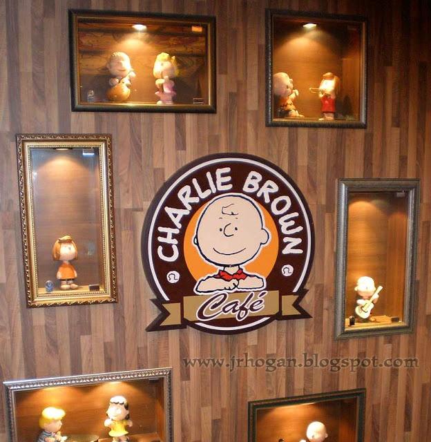 Charlie Brown 'Snoopy' Cafe in Hong Kong