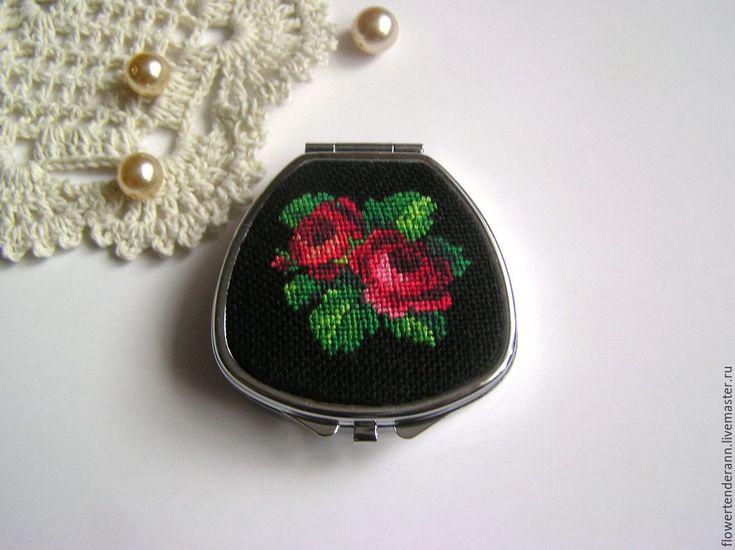 """Купить Таблетница (маленькая шкатулка) с вышивкой """"Розы"""" - вышивка petit point, старинная схема вышивки"""